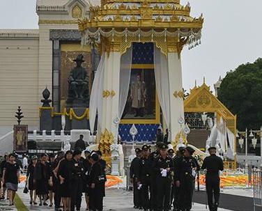 已故泰王普密蓬今日火化