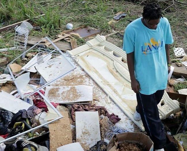 聯合國估計重建經費達十億美元