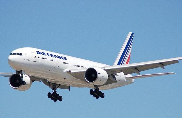 法航客機現可疑包裹急降肯尼亞