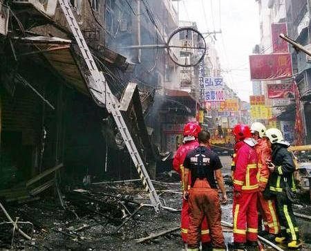 台中逢甲餐廳氣體爆炸一死14傷