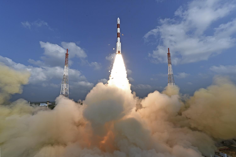 印度一箭載逾百枚衛星升空