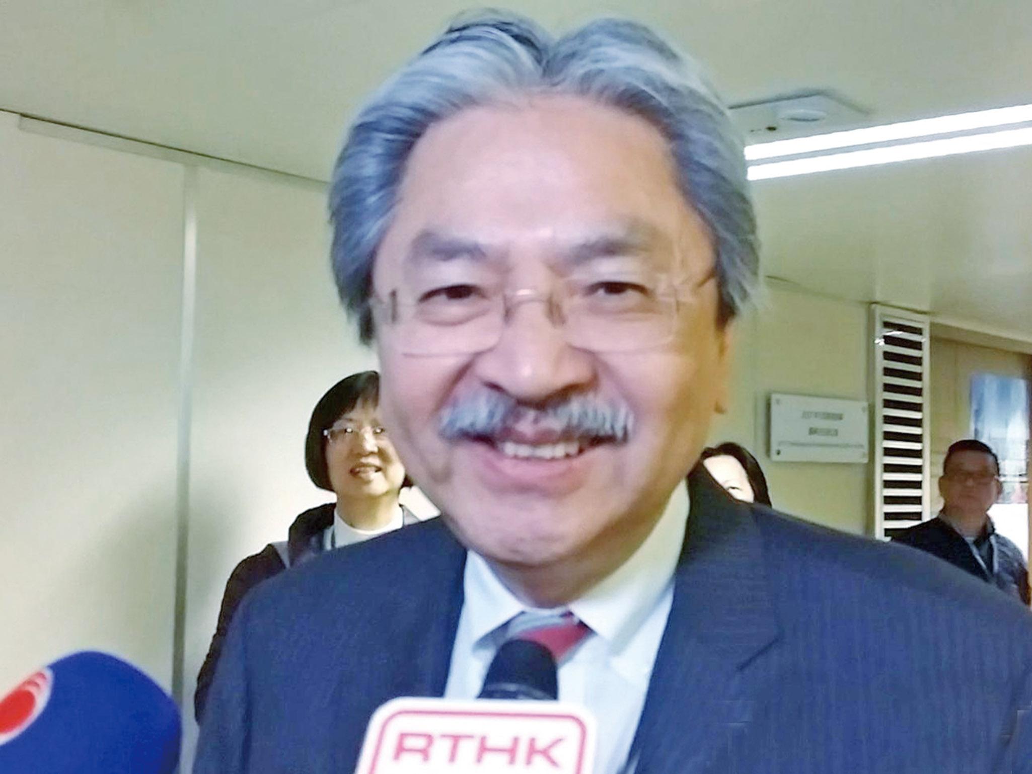 葉劉不夠票宣布退選
