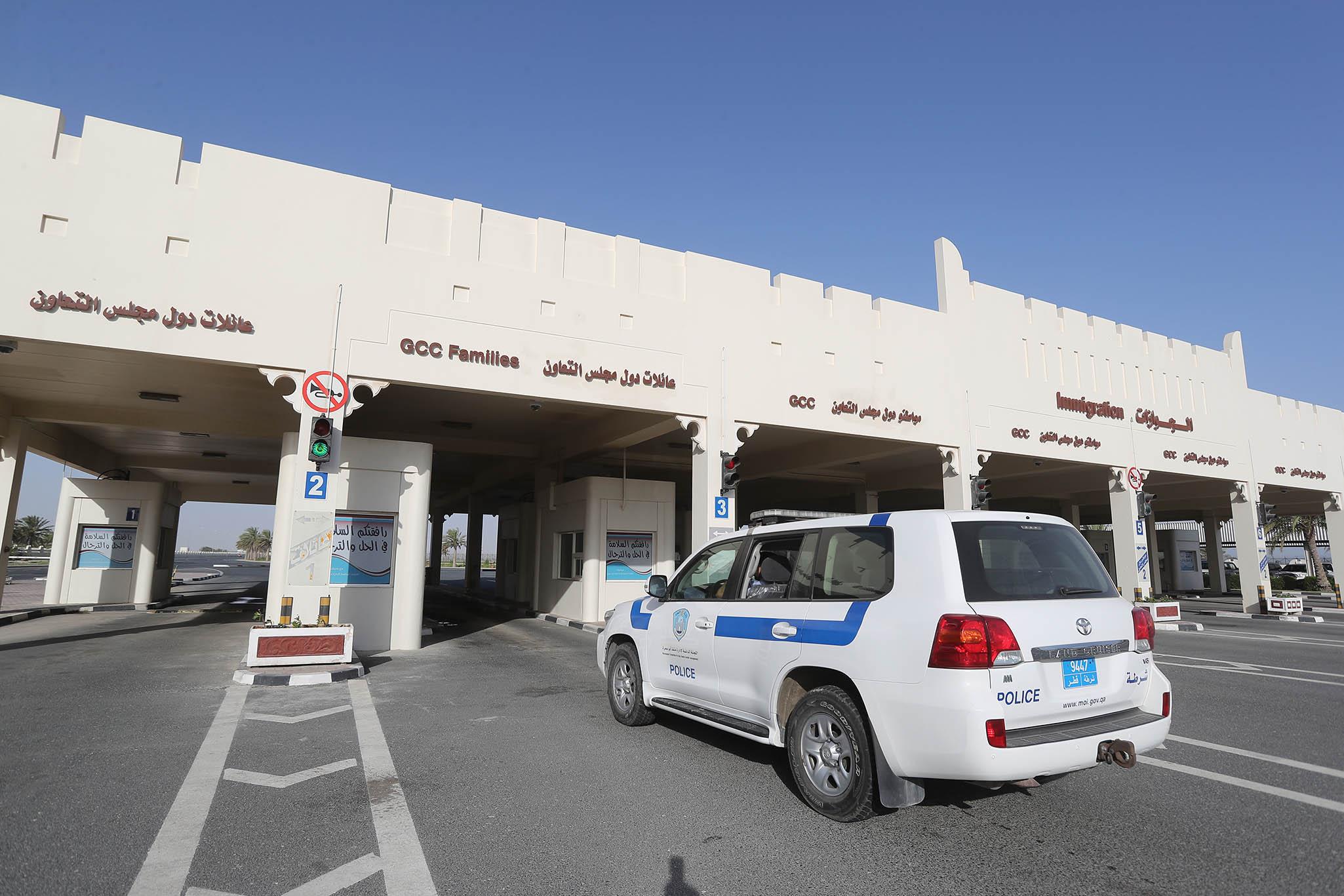 允卡塔爾人入境朝聖