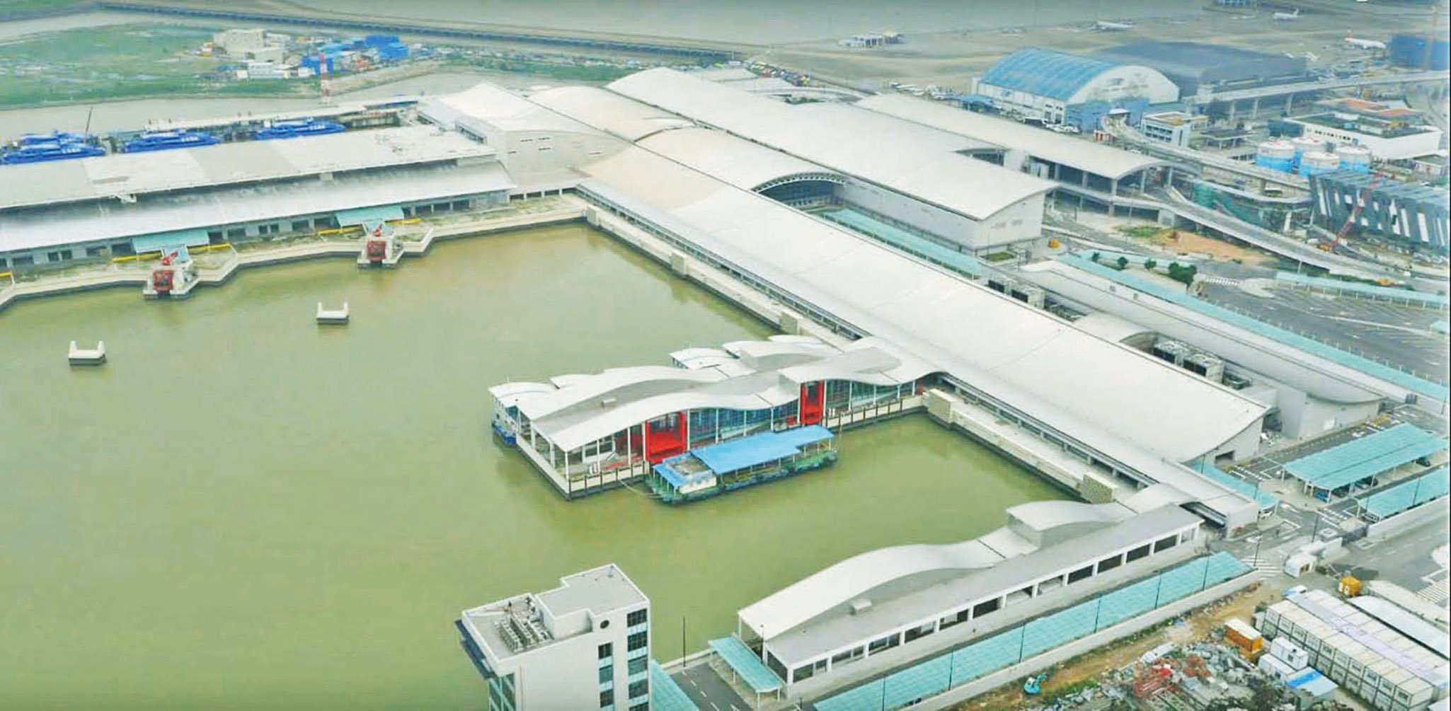 機場61個航班受影響