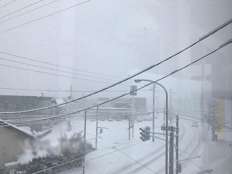 日本北海道大雪陸空交通大亂