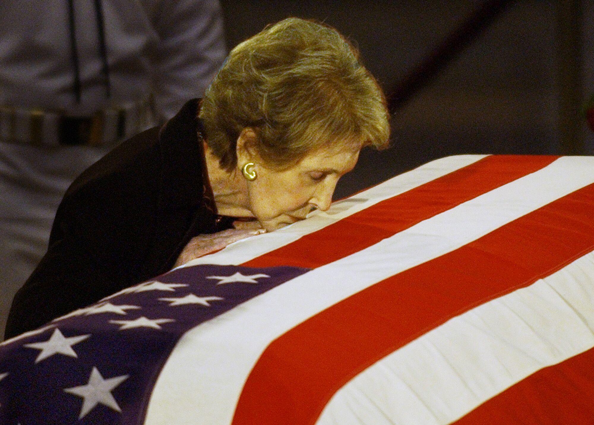 列根遺孀南茜逝世享年94歲