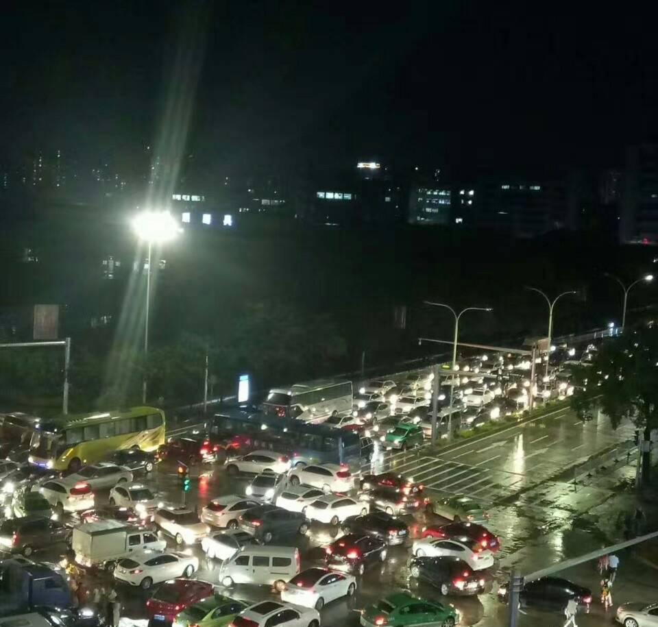 全市交通受阻 今恢復通車