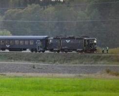 瑞典載客火車撞裝甲車釀四傷
