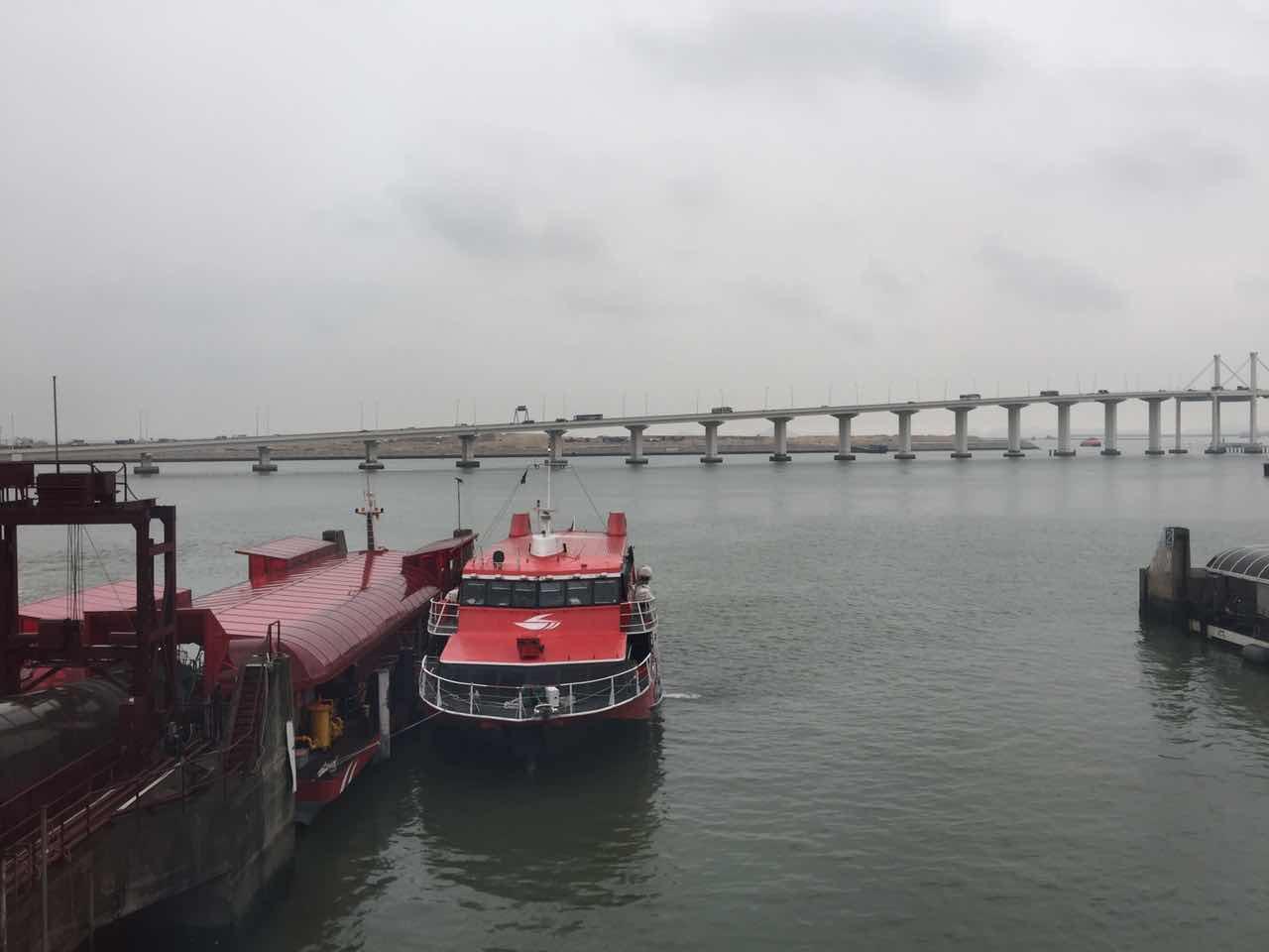 外港航道因沉船實施管制