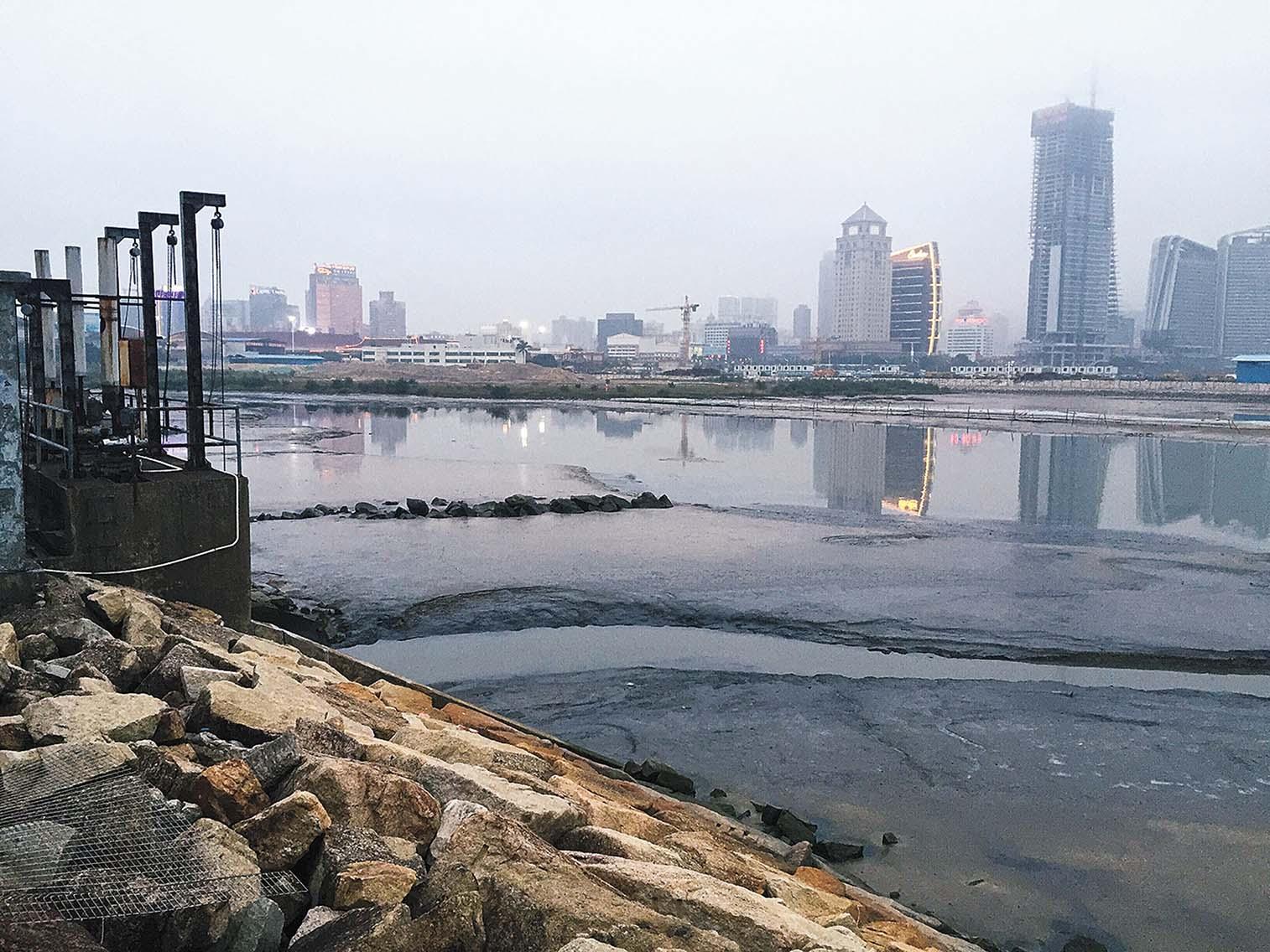 議員促當局關注污水處理