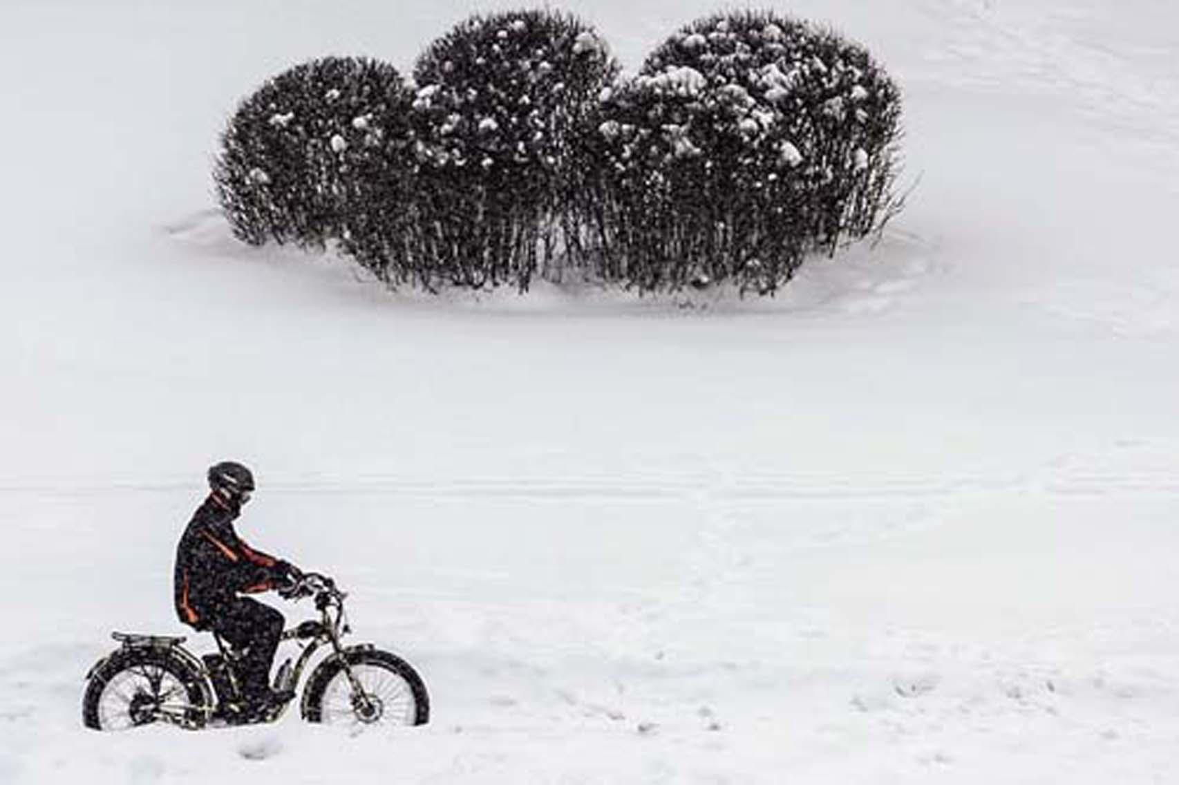 暴風雪肆虐日歐