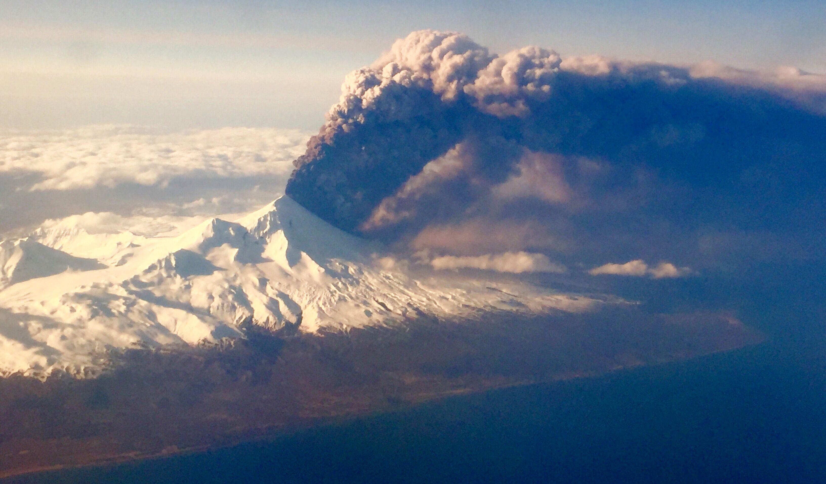 阿拉斯加火山爆發交通受阻
