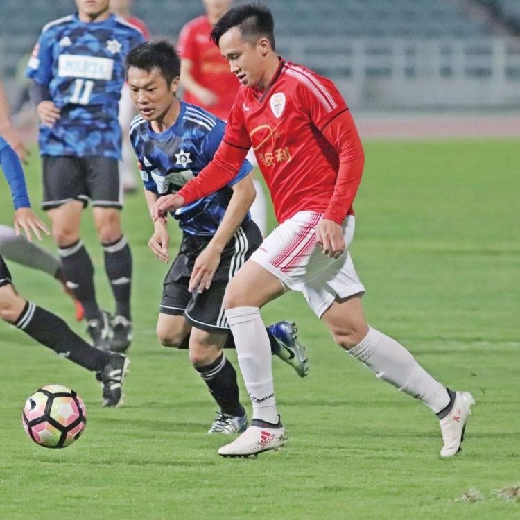 彭梓亨打造球場外的「足球夢」