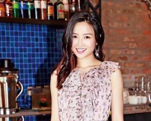 15號Tania選港姐唔緊張