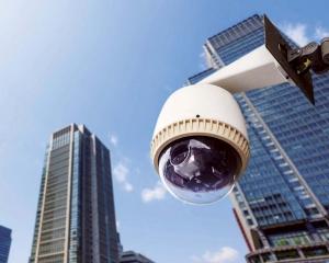 薛仲明:不會拍到民居 安裝位置須經個資辦審批