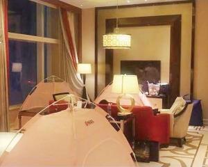 五星酒店行政套房 架設帳篷分租