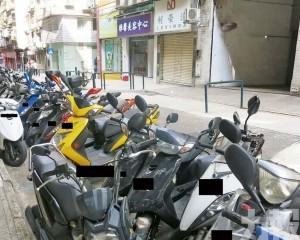 當局增設電單車直泊標誌