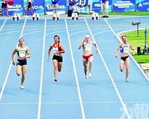 百米跑12秒12完成