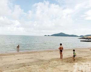 竹灣海灘水質「告急」海事局:不宜下水