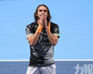 希臘「長毛」捧年終賽