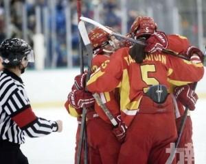 兩名國家女子冰球隊成員中招