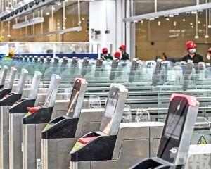 澳人大建議分階段開放旅客通關