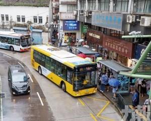 議員冀盡早恢復巴士班次