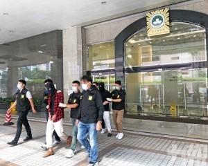 司警拘捕兩男 起獲42克可卡因