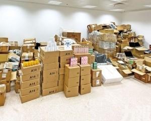 扣查173萬元貨物10人涉案