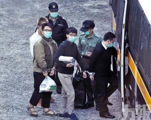 黃之鋒三人獲刑七至13.5個月