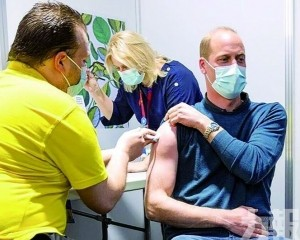 英威廉王子接種首劑疫苗
