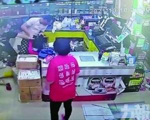 兩男涉襲擊超市職員被羈押