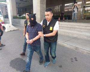 內地男涉行使人民幣假鈔被捕
