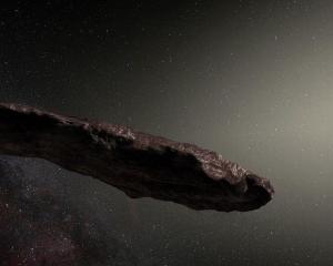 天文學家:可能係外星人太空船
