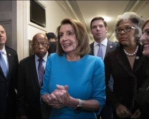 【有望再任】佩洛西獲民主黨提名出任美眾院議長