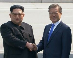 青瓦台料金正恩下月回訪首爾