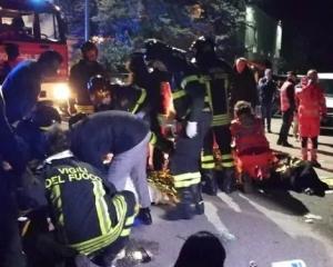 意大利夜店爆人踩人 6死120傷