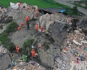 增至13人死200傷 14萬人受災