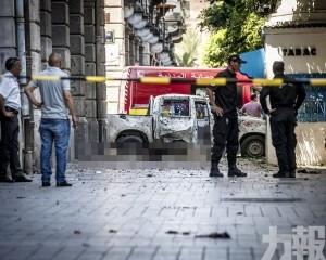 突尼西亞總統傳重病住院