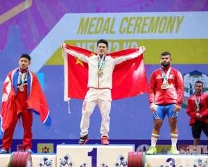 石智勇破兩世績贏73公斤級3金