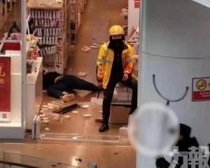 武漢外賣員商場持刀捅死人被制服