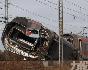 意大利火車出軌2死30傷