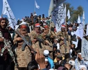 美軍空襲阿富汗塔利班據點