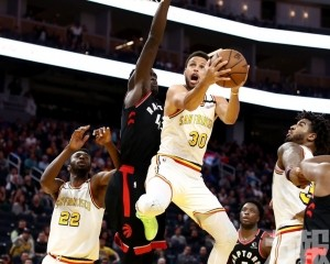 NBA勇士主場仍以4分受挫速龍