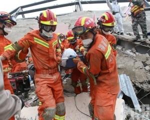 泉州酒店倒塌增至28死  仍有1人被困