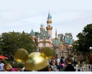 迪士尼關閉美國兩州和巴黎主題樂園