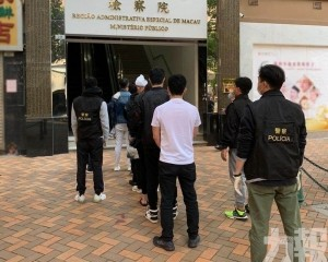 治安警拘捕4名涉案男子