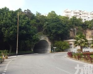 本周三凌晨氹仔隧道時限性封閉