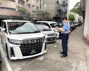 交通局4月查獲逾900車涉違法