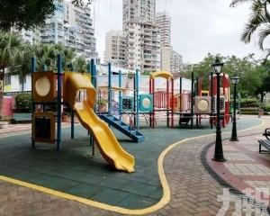 料10月竣工  期間公園暫停開放